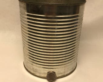 Large sized tin can