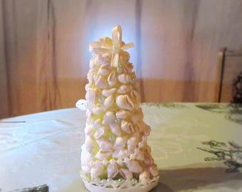 Christmas tree with seashells