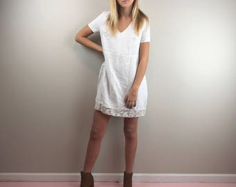 Sustainable White Shift Dress Baby Doll Dress with Lace V Neck Short Sleeve