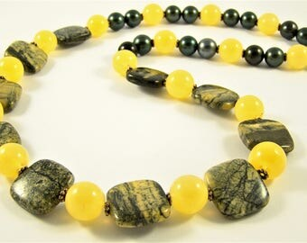 """Decoration from green jasper """"Solar wind of forests"""""""