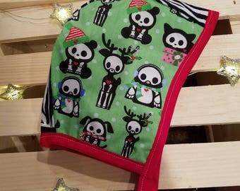 19 Inch Reversible Christmas Bonnets