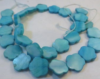 Turquoise Blue Dyed Mother-of-Pearl Shell Flower Beads, 15mm, 16-inch strand, Wholesale Beads