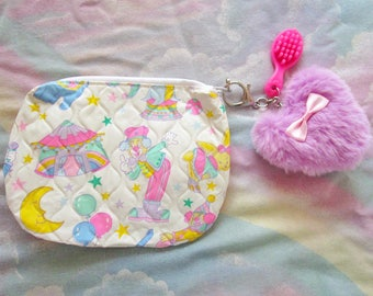 Makeup bag, cosmetic case fairy kei 80's zipper pouch quilted vinyl circus fur heart doll brush