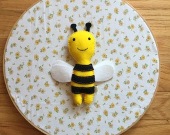 Felt Stuffed Honeybee, Felt Stuffed Bee, Felt Bee Toy, Plush Bee, Gifts for Beekeeper, Honeybee toy