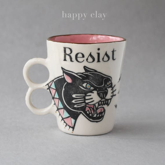 RESIST Mug PINK Interior