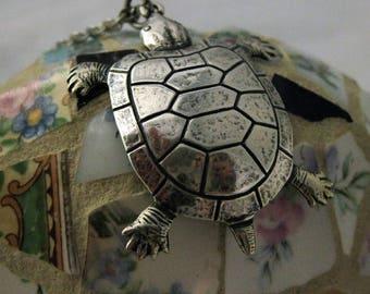 Silver Turtle Necklace Turtle Pendant Tortoise Necklace Turtle Jewelry Sea Creatures Turtle Lover Gift Handmade Jewelry Aquatic Animal