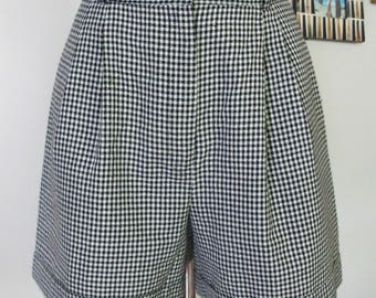 Vintage black and white check plaid shorts with front pleats Marilyn Monroe style