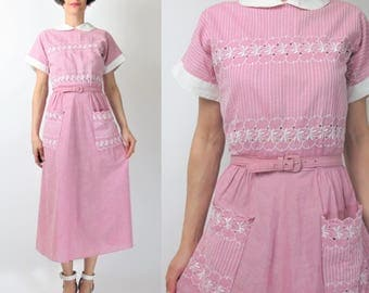 1950s Cotton Day Dress Eyelet Cotton Dress Cut Outs Embroidered Dress Patch Pockets Peter Pan Collar Belted Retro Pinup Dress (M) E7094