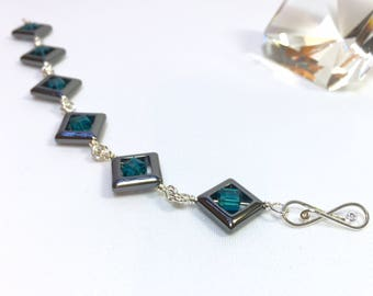 Hematite Frames and Indicolite Blue Crystal Cubes Beaded Bracelet in Sterling Silver