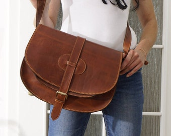 Leather Bag Messenger, Leather Messenger, Saddle Bag, Leather Crossbody Bag, Leather Purse, ipad bag, Messenger Bag, Goldmann L, tan