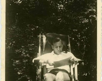 "Vintage Photo ""The Sunshine Reader"" Snapshot Antique Black & White Photograph Found Paper Ephemera Vernacular Interior Design Mood - 59"
