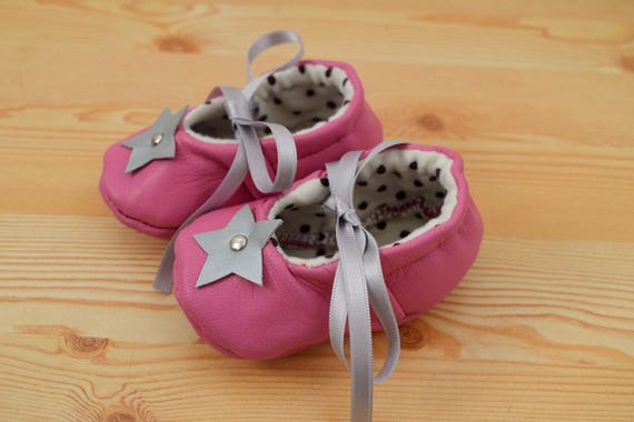 Leather baby shoes,baby booties,leather shoes,star baby shoes,pink shoes,pink leather shoes,baby shoes leather,maryjane shoes,baby girl