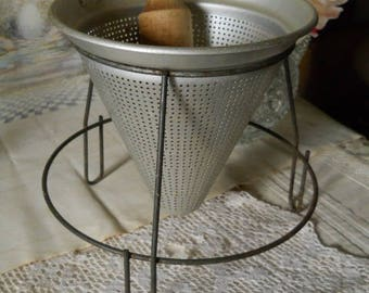 Strainer/ Pureer BeacomWare Made in the U.S.A. with Wood Mallet/ Strainer Patent No. Complete Set  Vintage Kitchen Appliance