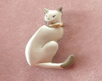 Siamese Cat Brooch in Silver Pewter Designer Pin