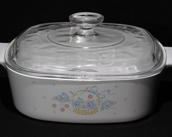 """Vintage Corning Ware A-2-B, 2 Liter """"Country Cornflower"""" Casserole with Cover A-9-C"""