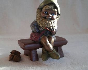 Gnome on a bench
