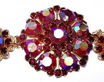 Warner Brooch Earring Demi Set Red Rhinestone Aurora Borealis Gold Metal Vintage
