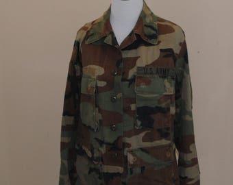 Vintage Vietnam Era 1960s United States Army, 9th Infantry Division, Woodland, Camouflage, long-sleeve, shirt, Medium or Large, Vietna War