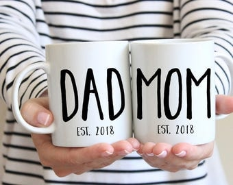 New Dad Gift, Dad Mug, New Parents Gift, New Mom Gift, Pregnancy Announcement, Mom and Dad Mugs, Mom and Dad