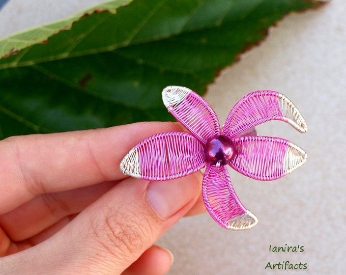 Pink flower wire wrapped brooch