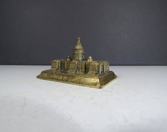 Capitol Building Paperweight // Vintage Mid Century Modern Gold Brass Metal Paperweight Knickknack Desk Decoration Office Supply Souvenir