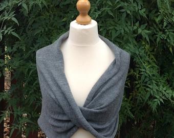 Winter Wedding Knit Shawl Wrap. Silver Grey bolero wrap. Bridesmaids shawl wrap. Elegant dress knit shrug. Prom dress cover up.21 colours.