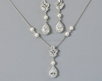 Necklace and earring set for wedding