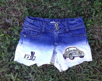 """Upcycled girls ombre VW bug inspired summer shorts, raw edge appliques, """"love"""" letters, girls size 7, kids, upcycled clothing, vw bug love"""