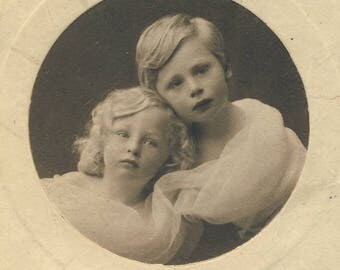 Edwardian portrait of two children - Vintage photograph