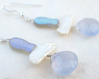 Freshwater pearl and Chalcedony Earrings