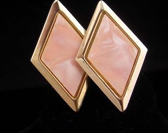 Pink cufflinks / Vintaqe pearl set / pale peach / Large Cufflinks / Marbleized Lucite / groom gift