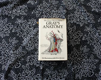 Gray's Anatomy Vintage Hardcover Book by Henry Gray. Classic Science Reference Book.1977 Huge Hardcover With Tons Of Science Illustrations.