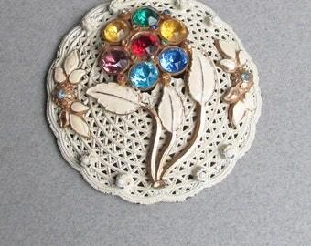 1960's Vintage MOD White Enamel & Rhinestone Medallion Flower Pendant LONG Chain Necklace