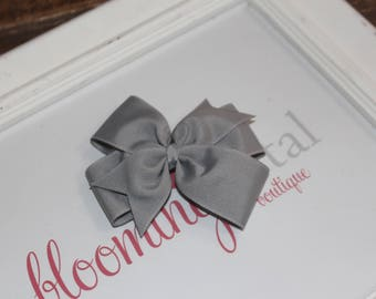 "Gray Large 4"" Pinwheel Bow"
