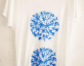 Allium flowers Womens white Tencel summer batwing T shirt  bright blue print