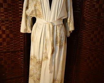 White Jersey Mandela robe Kimono.