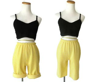 Gingham Shorts Yellow High Waisted Short 1960s 60s Mod Size Medium Stretchy 1960s High Rise 1970s 70s