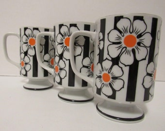 Vintage Set Of Three Pedestal Coffee Mugs Retro Flower Power Coffee Cups  Kitchen Decor Gifts