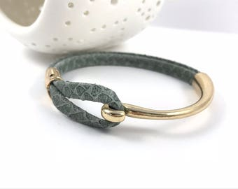 Gray Snake Print Leather Bracelet, Rose Gold Tone Hook Clasp, Leather Bangle, Grey and Gold, Women's Leather Bracelet,  Leather Bracelet