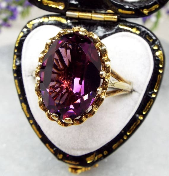 Vintage Gold on Sterling Silver Vibrant Purple Amethyst Paste Glass Ring / Size O