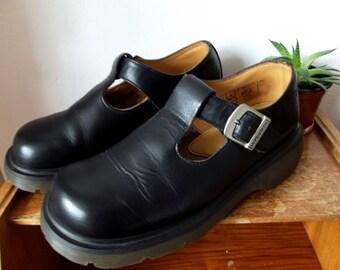 Vintage Dr Marten Mary Jane shoes, size UK 7
