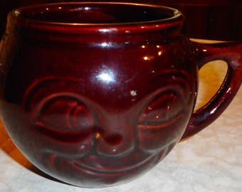 """Vintage McCoy """"Man in the Moon"""" Smiling Face Ceramic Brown Coffee Mug - USA Pottery"""