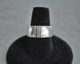 Vintage Forella / Farella Sterling Silver and Gold Band Ring Size 8