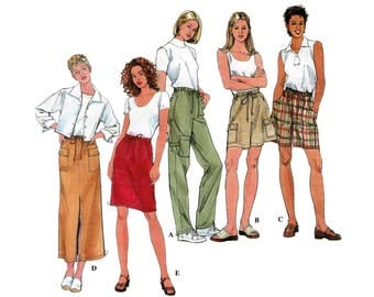 Women's Pants, Shorts and Skirt Sewing Pattern, Pull on with Elastic and Drawstring Waist, Misses Size 6-8-10 UNCUT Simplicity 8526