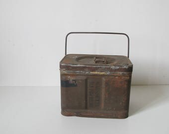 vintage Military French Army 9 mm ammunition Box 1950s rusty metal // handle ammo can  // container, Industrial