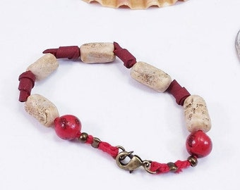 Bracelet red beads, wood effect polymer clay