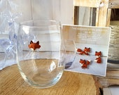 Easily find your drink with this set of four foxes characters magnetic charms . Christmas gift original hostess