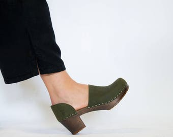 Swedish Clogs For Women Wooden Base Natural Material Comfortable Handmade Mid High Heel Classic Leather Shoes Closed Back Sandgrens Brett