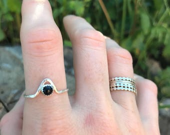 onyx cheveron ring, onyx triangle ring, grounding ring, SIZE 7.5 {ready to ship}