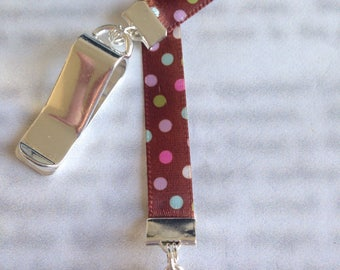 Cupcake bookmark / Cupcake Sprinkles Bookmark / Cute Bookmark - Clip to book cover then mark page with the ribbon. Never lose your bookmark!